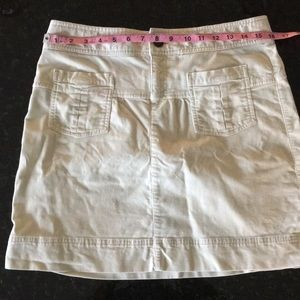 Super Cute Ivory Athleta A-line Skirt - size 8